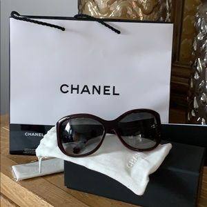 Chanel sunglasses,pouch, box,cleaner cloth and bag